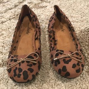 Charming Charlie leopard print flats size 6